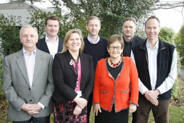 KiwiNet board members with Landcare Research representatives